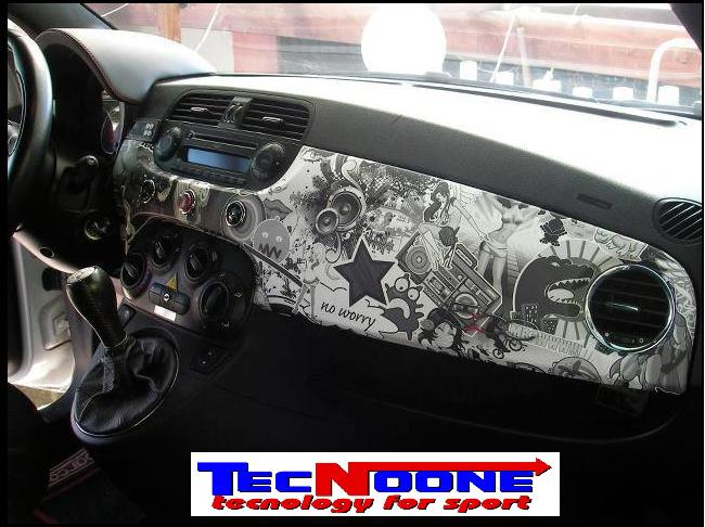 Eshop sticker bombing for Interno auto